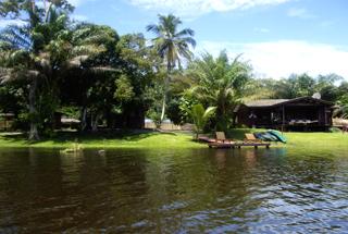 Evengué Lodge - river