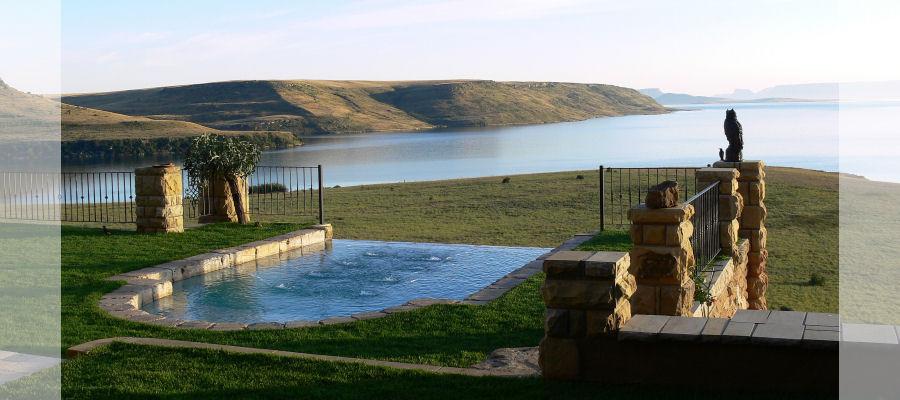 Wild Horses Lodge - pool