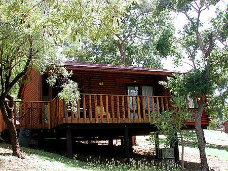 Forever Resort Loskop Dam - Log Cabin