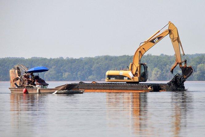 Kalamazoo River Cleanup